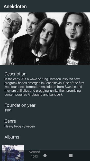 Screenshot of the band details screen which shows a large picture of the band, its description, foundation year, and genre, and a list with the studio albums.